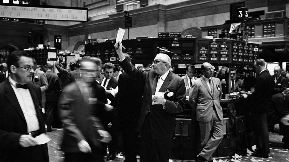 ny_stock_exchange_traders_floor_lc-u9-10548-6-1