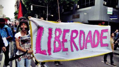 Case Study 1: Ελεγχος 324.000 καρέ από βίντεο κινητών για να αποδειχθεί ότι ένας ακτιβιστής στο Ρίο είναι αθώος.