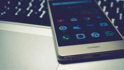 Τί σημαίνει ο «αποκλεισμός» της Huawei από την Google;
