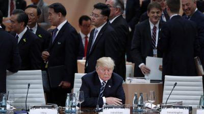 Τραμπ μαινόμενος και απομονωμένος